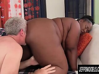 naughty large dark-hued Daphne Daniels Fucks a White Grandpa