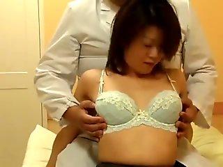 Japanese Wives Drilled at Esthetic Salon Pt1 - Cireman