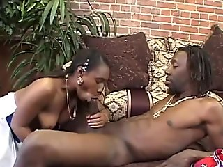 hot bitch gets off as she gets her muff satisfied