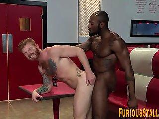 Gay bear gets ass rimmed
