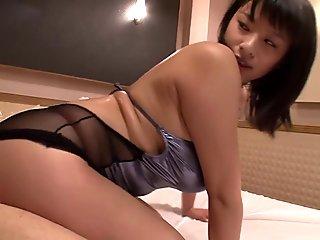 Yu Kawakami in The Voluptuous Hana - MilfsInJapan